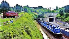 Conrail 6377 & 6390 (EMD SD40-2's) (hardhatMAK) Tags: scannedslide kodachrome64 conrail cr6377 cr6390 emdsd402 caboose westbound gallitizinpa 6251995