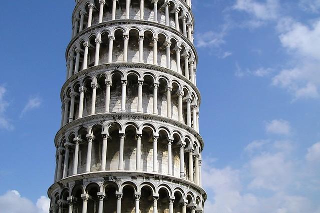外から見る!ピサの斜塔午後観光(世界遺産のオプショナルツアー)