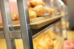 DSC_2531 (fdpdesign) Tags: pasticceria parigi marmo legno vetro serafini lampade pasticcini milano milan italy design shopdesign lapâtisseriedesrêves italia arredamento arredamenti contract progettazione renderings acciaio bar