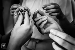 Claudia & Gianmarco - NaDa Fotografie (_annalaura_) Tags: matrimonio wedding weddingphotography bride groom sposi marriage blackandwhite bw biancoenero hands