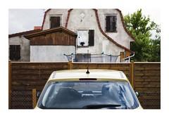_JPR3273 (Jordane Prestrot) Tags: jordaneprestrot tempsquotidien house maison casa voiture coche car ensisheim trampoline trampolín ♊