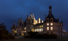 Quand revient la nuit... (Sugarth/Photo) Tags: châteaux chambord france nuit heurebleue bluehour canoneos80d 1755mmf28 night