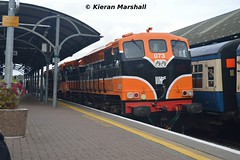 073+071 at Mallow, 14/10/17 (hurricanemk1c) Tags: railways railway train trains irish rail irishrail iarnród éireann iarnródéireann 2017 generalmotors gm emd 071 rpsi railwaypreservationsocietyofireland munsterdouble 1150corktralee mallow 073