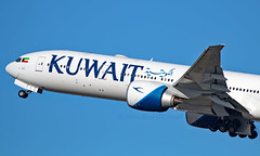 9K-AOF - Boeing 777-369ER - LHR (Seán Noel O'Connell) Tags: kuwaitairways 9kaof boeing 777369er 777 b77w heathrowairport lhr egll 27l kwi okbk ku104 kac104