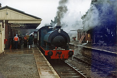 Toddington 21 12 1986 Bagnall on Mince pie specials (Kruiskop) Tags: gwsr steam toddington bagnall