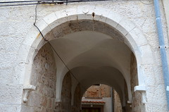 Arches [Cres - 12 August 2017] (Doc. Ing.) Tags: 2017 losinj croatia summer seaside cres arches architecture kvarnergulf kvarner stone