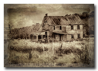 Abandoned house on Old Wheatland Rd, Waterford VA