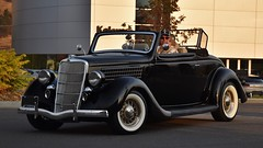1935 Ford Convertible Cabriolet (Custom_Cab) Tags: 1935 ford convertible cabriolet cabrio deluxe de luxe black car rumble seat