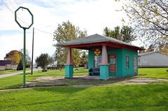 Iowa, Redding, Sinclair HC (9,066-2) (EC Leatherberry) Tags: formergasstation gasstation sinclair iowa ringgoldcounty reddingiowa us169