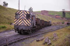 MC38. [EBR10-008] (Jamerail) Tags: 08361 08400 maerdycolliery collierybuildings colliery trackwork