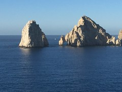 """The arch of Cabo San Lucas • <a style=""""font-size:0.8em;"""" href=""""http://www.flickr.com/photos/28558260@N04/38423528102/"""" target=""""_blank"""">View on Flickr</a>"""