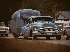 Buick Roadmaster 1953 (Myggan68) Tags: ontheroadswithmyggan explore gm oldtimer old roads road camping husvagn usa cars car buick bilar classiccarweek classiccarweek2017 ontheroads