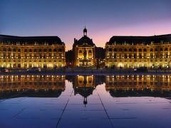 Place de la Bourse (sander_sloots) Tags: place bourse bordeaux mirroir deau reflection reflectie blue hour beursgebouw stad city night nacht