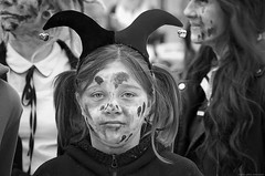 """She was not one for emptying her face of expression. "" ― J.D. Salinger - (Gilles,Gilles,Lemonpeel) Tags: zombiefantasticwalk zombie rouen seinemaritime portrait blackwhite bw noirblanc monochrome rawtherapee gimp nikon"