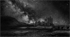 Eilean donan castle (andrebelg) Tags: castle scotland sea milky way night