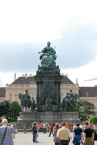 Maria Theresa Statue in Vienna, Austria ©  Andrey