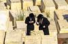 La preghiera (forastico) Tags: forastico d7000 israele gerusalemme preghiera cimitero ebraismo