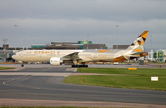 A6-ETE B.777-3FXER Etihad Airways (ChrisChen76) Tags: manchester b777 b7773fxer etihadairways uae unitedarabemirates