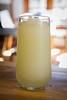 Limonada (Javiera Peralta Toro-Moreno) Tags: limonada lemonade jugo juice vaso glass vidrio madera wood frappe comida food tasty sabroso fotografia photography nikon amarillo yellow limon lemon
