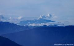 Volcan Nevado del Ruiz, desde Sonsón (Ivan Mauricio Agudelo Velasquez) Tags: volcan volcano nube cloud cordillera mountain paisaje lanscape fumarola caldas antioquia colombia sonson