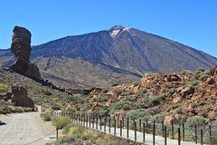 beauty of the volcano :) (green_lover (your COMMENTS are welcome!)) Tags: roquecinchado volcano teide mountain mountains teidenationalpark tenerife canaryislands spain landscape rocks fence cloudless unesco travels sky 7dwf path