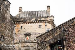 Edinburgh Castle (paspeya007) Tags: scotland escosia scizia grande bretagne great britain gran bretana gross britanien royaumeuni united kingdom reino unido eu uk ue europe europa édimbourg edinburgh château castello castel castillo forteresse fort écosse ruines pelouse antique mur