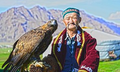 Eagle Hunter Khovd Mongolia DSC_5495 (JKIESECKER) Tags: bayanölgiimongolia mongolia eagle eaglehunter goldeneagle peopleandnature wildlife wildlifeviewing