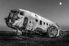 Sólheimasandur Plane Crash (Bishbosh2011) Tags: nikon sólheimasandur plane crash black white iceland