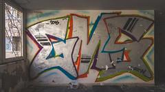 Kupari-Graffiti-2016-DSC_9100 (fjakone) Tags: abandon croatia graffiti grafiti hrvatska kupari war dubrovačkoneretvanskažupanij dubrovačkoneretvanskažupanija hr