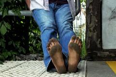 dirty city feet 142 (dirtyfeet6811) Tags: feet soles barefoot dirtyfeet dirtysoles cityfeet