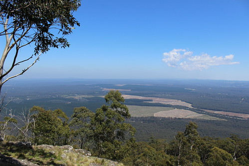 View from unnamed lookout on Mount Macedon