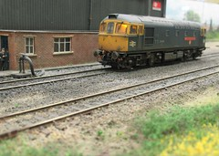 33027 at Oakley Green Depot. (ManOfYorkshire) Tags: 33027 class33 oogauge 176 model railway train diesel locomotive angmering show exhibition 2017 oakleygreen scale shed mpd depot detailed
