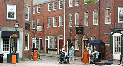 Street music (ARRRRT) Tags: portsmouth newhampshire arrrrt