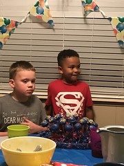 Gordon's 9th Birthday (Andrew Penney Photography) Tags: birthday gordon birthdayparty happybirthday gwen gifts cakeballs 9th