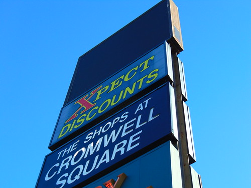 Cromwell Square Sign