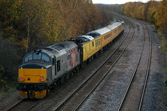 Not The Perfect Match.... (marcus.45111) Tags: networkrail classictraction 37611 class37 1z37 treeton autumn flickr flickruk ukrailways canonrailwayphotography 2017 europhoenix