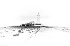 St Mary's Lighthouse (Oki Mo Fotographie) Tags: st marys lighthouse whitley bay monochrome black white north east england coast