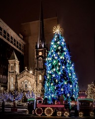 Old Stone Church Cleveland Ohio (msl8129) Tags: city cleveland ohio sonya6300 old stone church christmass lights public square sony a6300 night