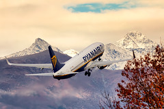 Flying away (fil.nove) Tags: boeing7378aswl eifti ryanair canon60d canon100400ii actionphoto autunno autumn torinoairport caselle decollo takeoff montagne mountains colors nuvole cloudscape cloudy clouds neve snow planespotter airlines trnlimf piemonte italia airplane transportation commercialairplane airvehicle flying travel sky passenger airport air vacations journey engine peopletraveling speed midair aereo cielo cielonuvoloso