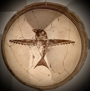 Cheerful swallow bowl, Mimbres