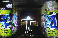 49/52 (2017): You're almost a laugh...but you're really a cry. (Sean Hartwell Photography) Tags: uxbridge graffiti wire wirewool light contrast spooky alien freaky supernatural week492017 52weeksthe2017edition weekstartingsundaydecember32017