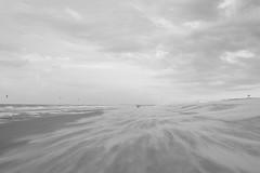 Beachparty with wind (Meine Sicht) Tags: 2017 belgien bergischgladbach fotografie fuji fujifilm nordsee rainerrauen see strand xt2 wwwrauenfotode belgium fujinonxf23mmf14