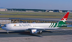 Air Seychelles 767 'S7-ASY' (Longreach - Jonathan McDonnell) Tags: frankfurt frankfurtammain eddf scan scanfromaslide boeing 2000s 2001 s7asy 767 767300 7673q8er