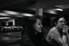 papo e sorriso (medeirosisabel16) Tags: peb bw preto branco black white pessoas school escola sorriso etec guaratingueta conversa aula comunicação visual