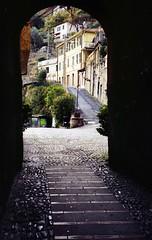 Una porta del paese (paolapaoletta) Tags: kodak pony135 kodakcolorplus200 paese rockvillage badalucco liguria italy selfdeveloped