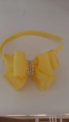 Tiara Laço gorgurão amarelo com pérolas e strass (Costurinhas da Sueli - Festejando 7 anos) Tags: tiara laço gorgurão amarelo pérolas strass menina festa casamento arquinho