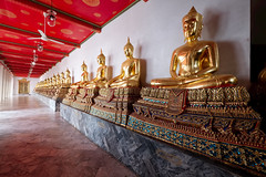 Buddha Line (fredMin) Tags: wide fujifilm xt1 temple religion travel asia bangkok thailand statue buddhism