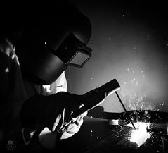 Soldador (MQZ Rota) Tags: cadiz ies rota andalucía españa es soldador metal contraste chispas welding welder workshop black