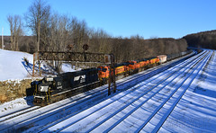 65K At Cresson (DJ Witty) Tags: nikon d5200 railroad photography norfolksouthern bnsf burlingtonnorthernsantafe freight ethanol train snow sd40e cresson