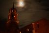 Luz de luna (Rafa perena) Tags: luna nubes cielos noche nocturna lunallena iglesia pueblos albarracin teruel medieval nikon 18 granangular sigma1835 d7100 paisajes
